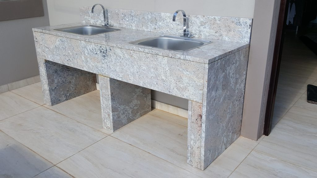 Quartz engineered stone countertops and basins fitters in Sandton.